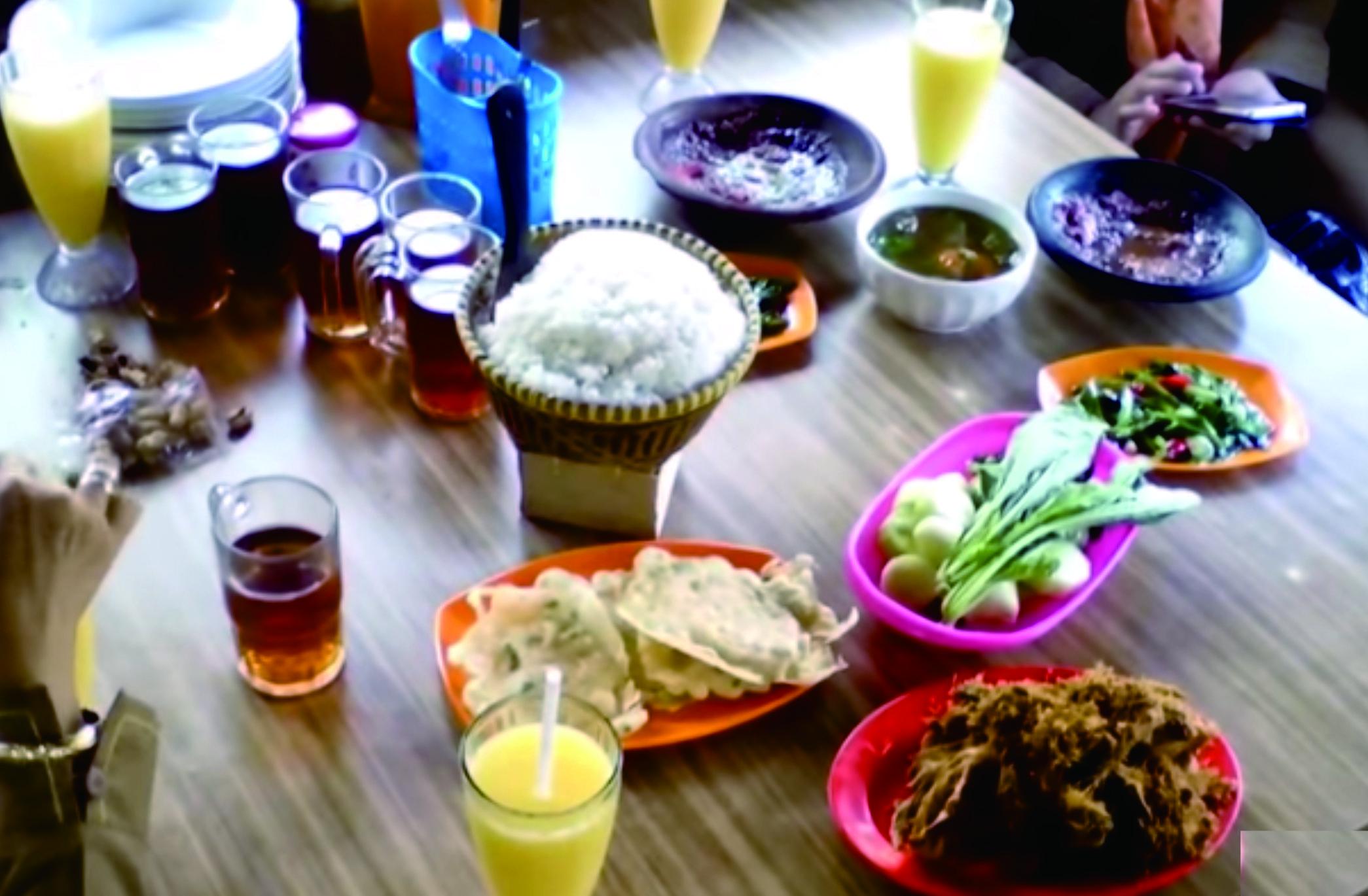Makan Enak dan Istirahat Sampai Puas di Rumah Makan Mergosari