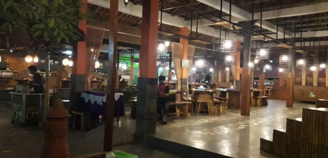 Bakoel Samara Depok: Spesialis Nasi Liwet Peda dan Ayam Goreng