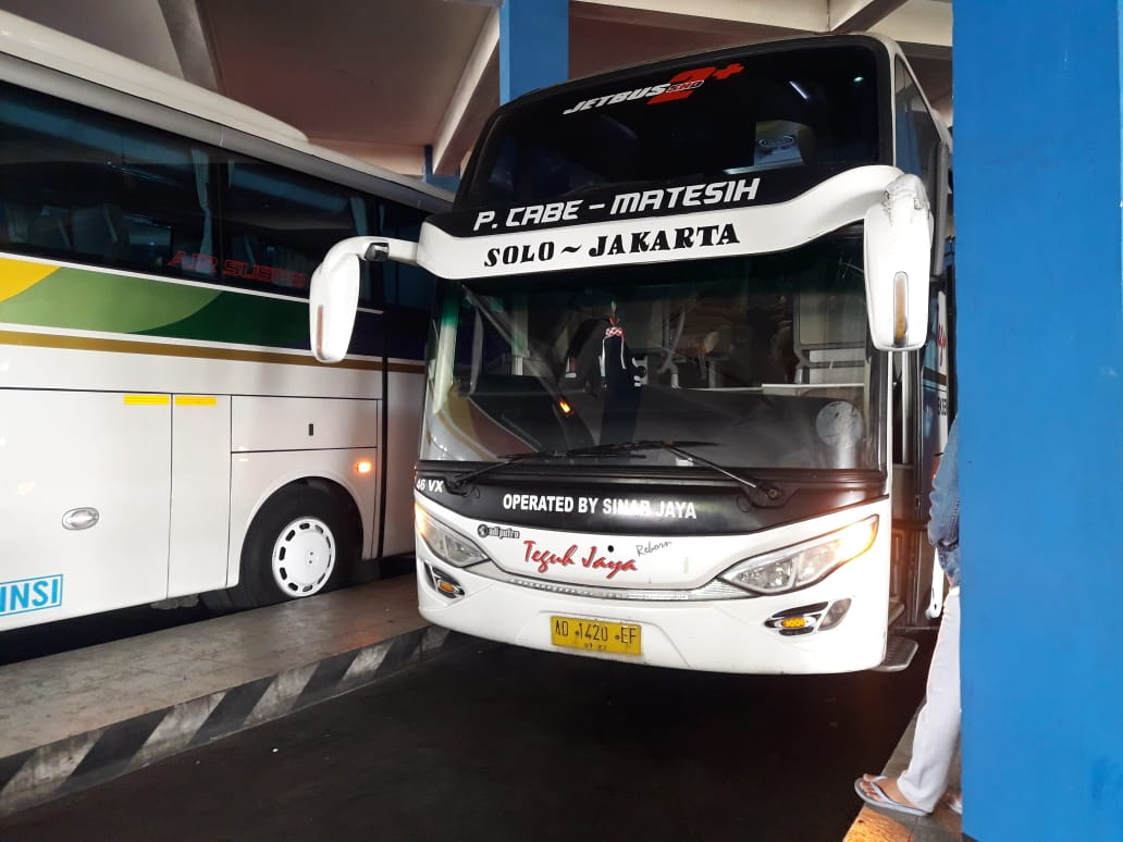 Naik Bus Sinar Jaya Jakarta Solo, Fasilitas Mewah Harga Murah Meriah