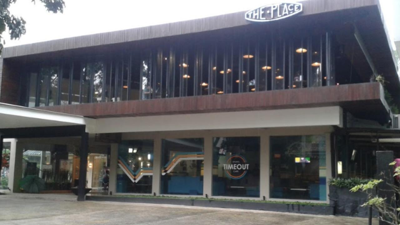 The Place: Tempat Nyantai dan Ngopi Paling Asyik di Kota Bogor