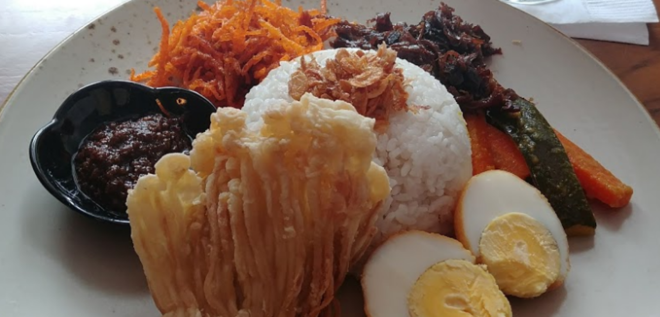 Adamar Asian Bistro, Tempat Hang Out yang Kece di Bogor