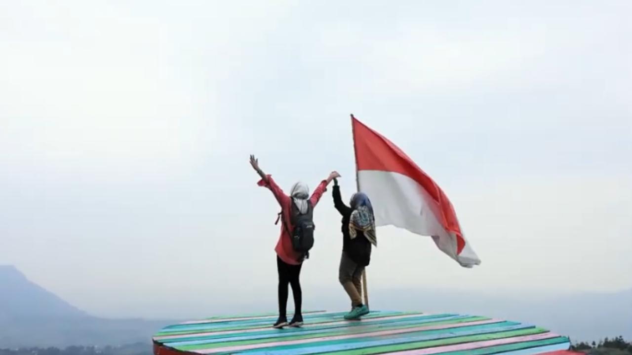 Wisata Curug Ciherang Bogor: Tiket Masuk, Fasilitas dan Lokasi