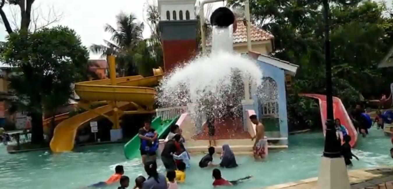 Venetian Water Carnaval di Bekasi, Waterpark Ala Italia yang Semarak