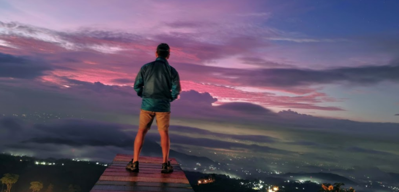 Gardu Pandang Mangli Sky View: Surganya Pecinta Sunset dan Sunrise