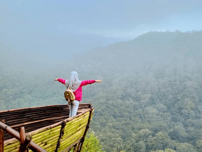 Panorama Petung Sewu Mojokerto, Surga Tersembunyi di Belantara