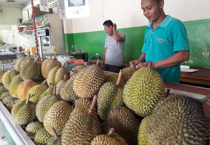 Rumah Durian Harum Tempat Kuliner Durian Sepanjang Musim di Jakarta Barat