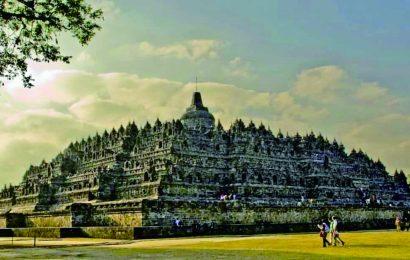 10 Stereotip yang Memberi Kesan Negatif bagi Pariwisata Indonesia
