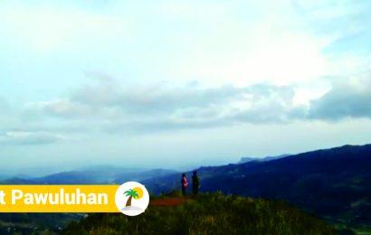 Menikmati Indahnya Alam dari Ketinggian Puncak Bukit Pawuluhan