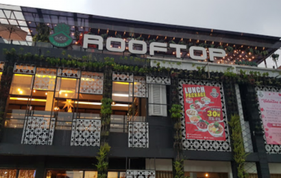 De Cafe Rooftop Garden, Tempat Kece untuk Menyantap Hidangan Lezat