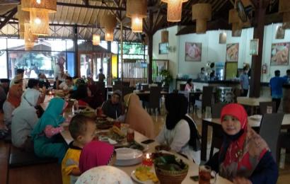 Rumah Makan Mang Kabayan Cibinong: Enak dan Menunya Melimpah